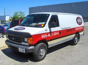 Transportation van - 905-450-3844